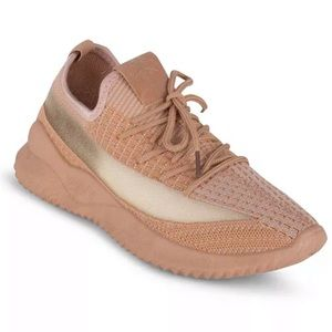 Danskin Ecstatic Lace Up Pattered Sneakers 8-1/2
